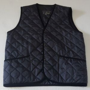 Mens Quilted Vest w Courderoy edging